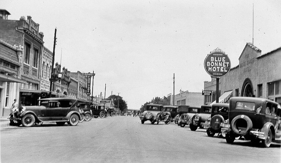 Joe Herring Jr.: Blue Bonnet Hotel and 800 Block of Water Street ...