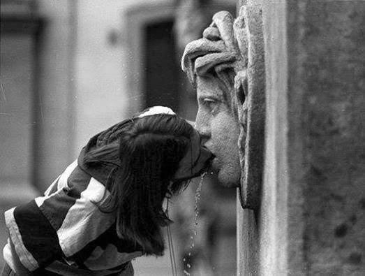 """Poema EL MIEDO de Carlos Morales. L. Ref: Carlos Morales, """"Un rostro en el jardín"""", Col. Cuadernos del Mediterráneo, El Toro de Barro, Tarancón de Cuenca 2000"""