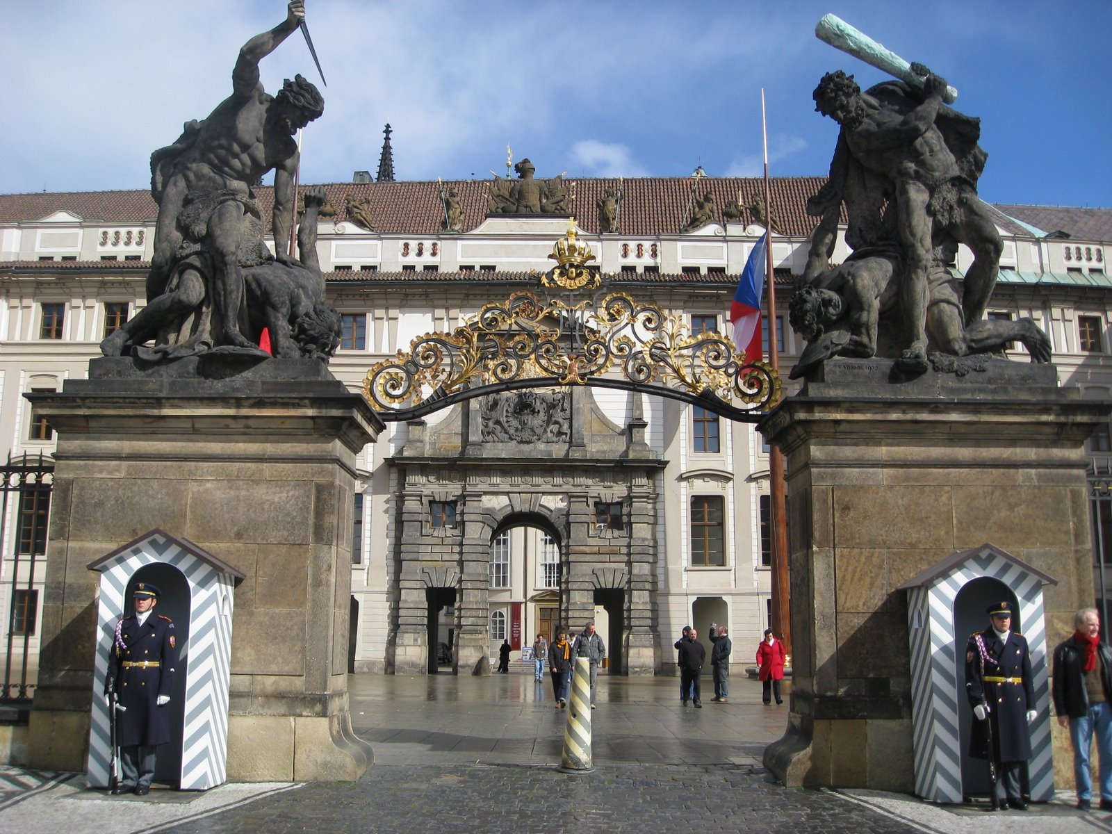 prague castle pictures, places to see in prague, indian travel blog, globetrotter india, best indian travel blog, top indian travel blog