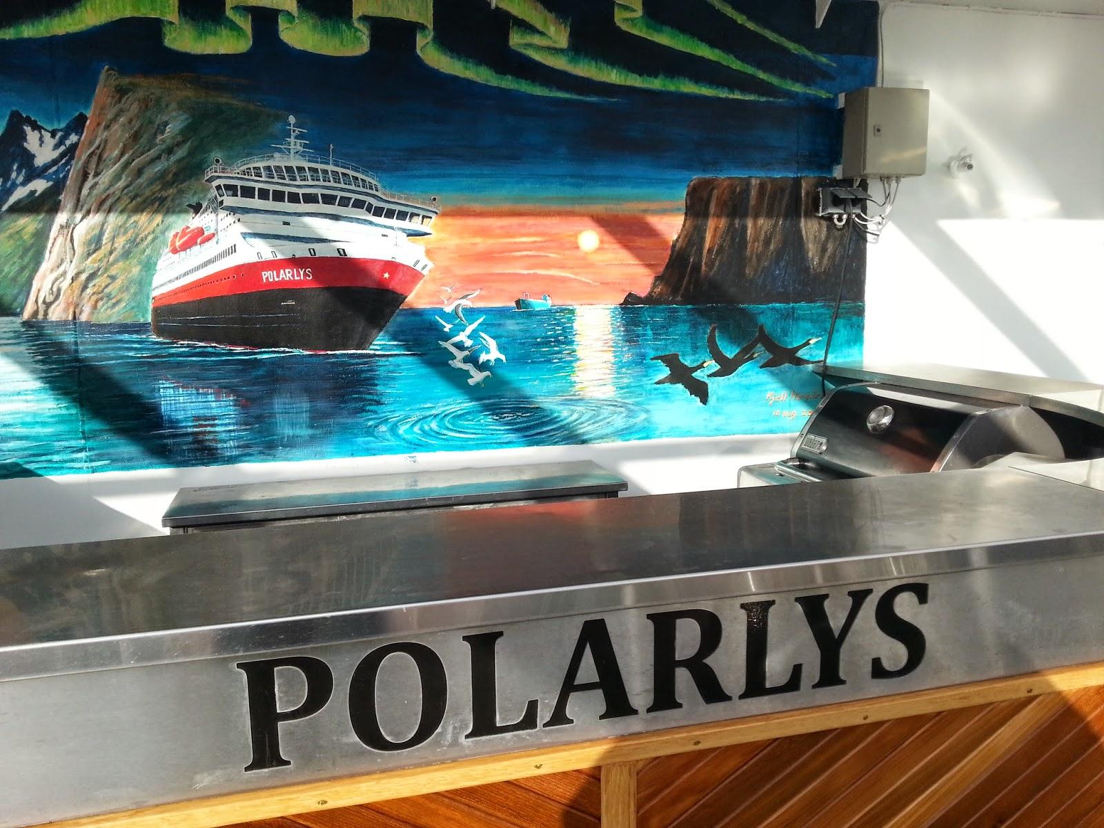 Hurtigruten MS Polarlys - Outdoor Bar
