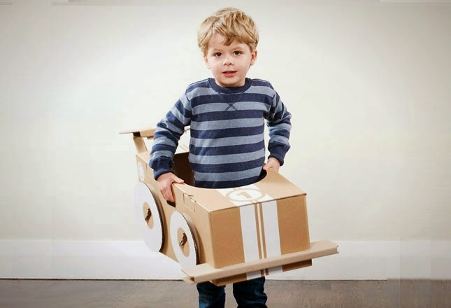 10 Meubles en Carton Recyclé, Partie I