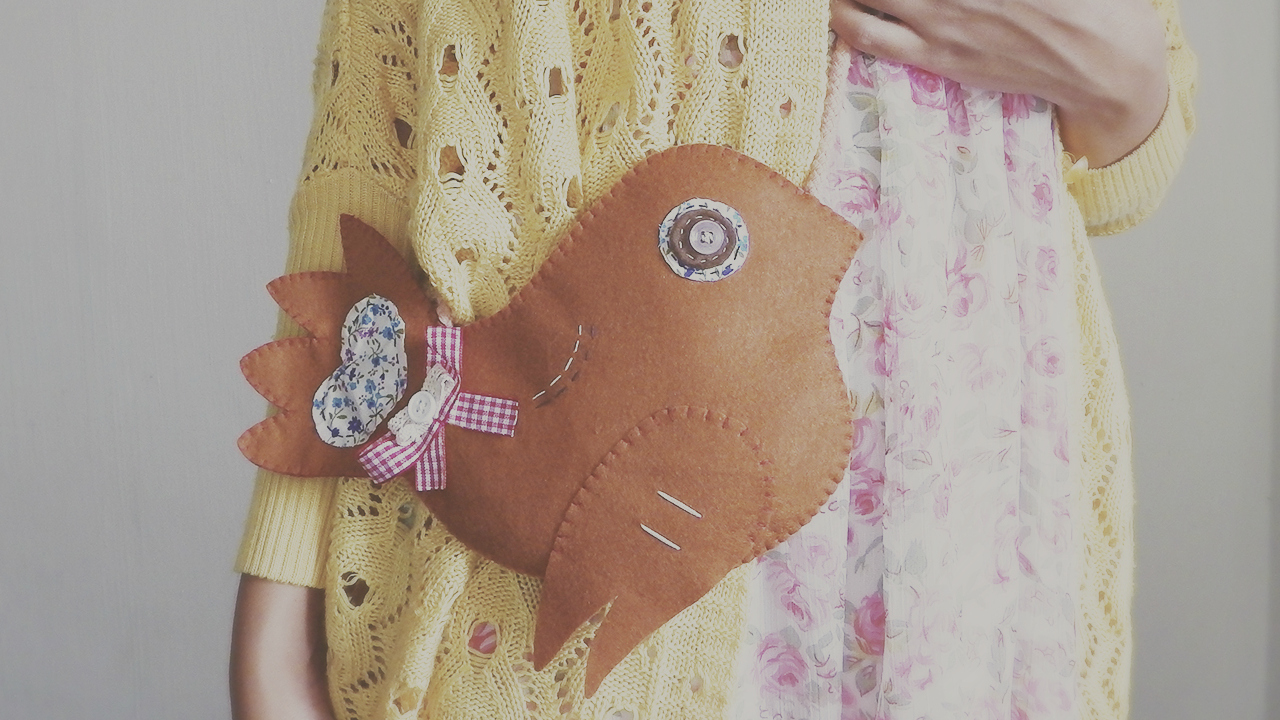 DIY Vintage Felt Birdie Purse Tutorial