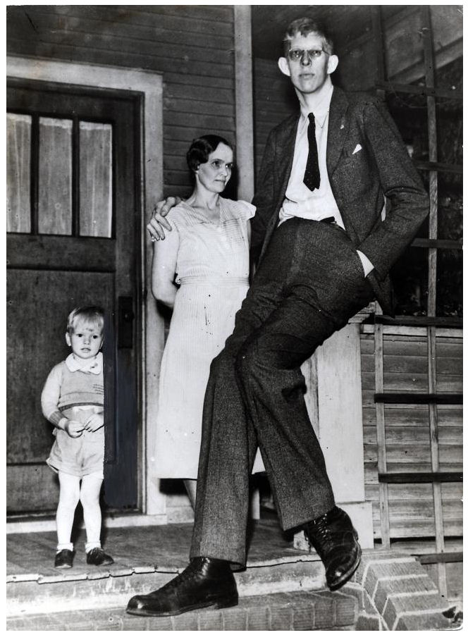 very tallest man in the world click2internet