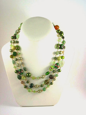 https://www.etsy.com/uk/listing/167119963/extra-long-green-and-gold-necklace-semi?ref=shop_home_active