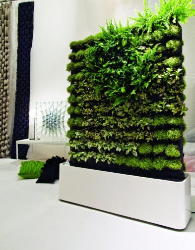 Garden design indoor vertical garden design inspiration for Indoor garden design pictures