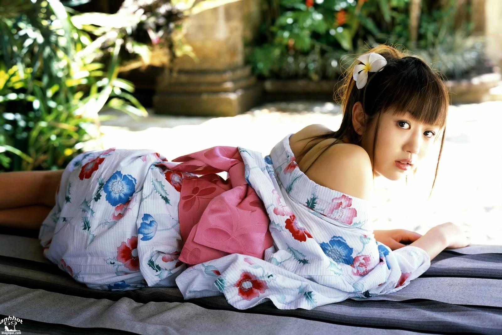 chise-nakamura-00462270