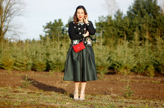 Christmas outfit idea tacky sweater Vancouver blogger