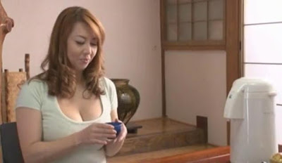 Japanese Mom Bathhouse Seducing - Free JAV porn 3gp censored dowload video