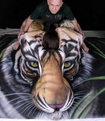 Body Art, Crazy Art, Girls With Tiger On Their Body, Rare, Tiger Body Art Paintings, Art, Bikini Photos, Art, Photography