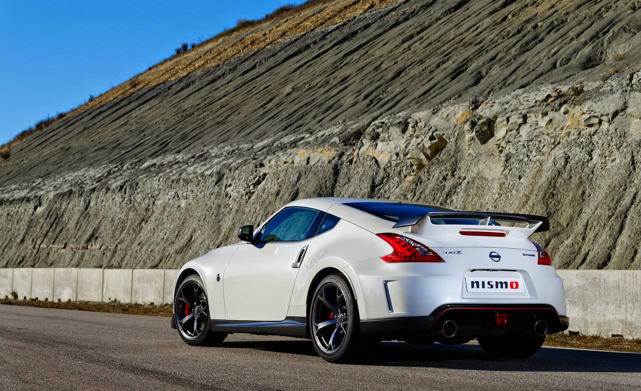 2015 Nissan 370Z Nismo Performance and Speed