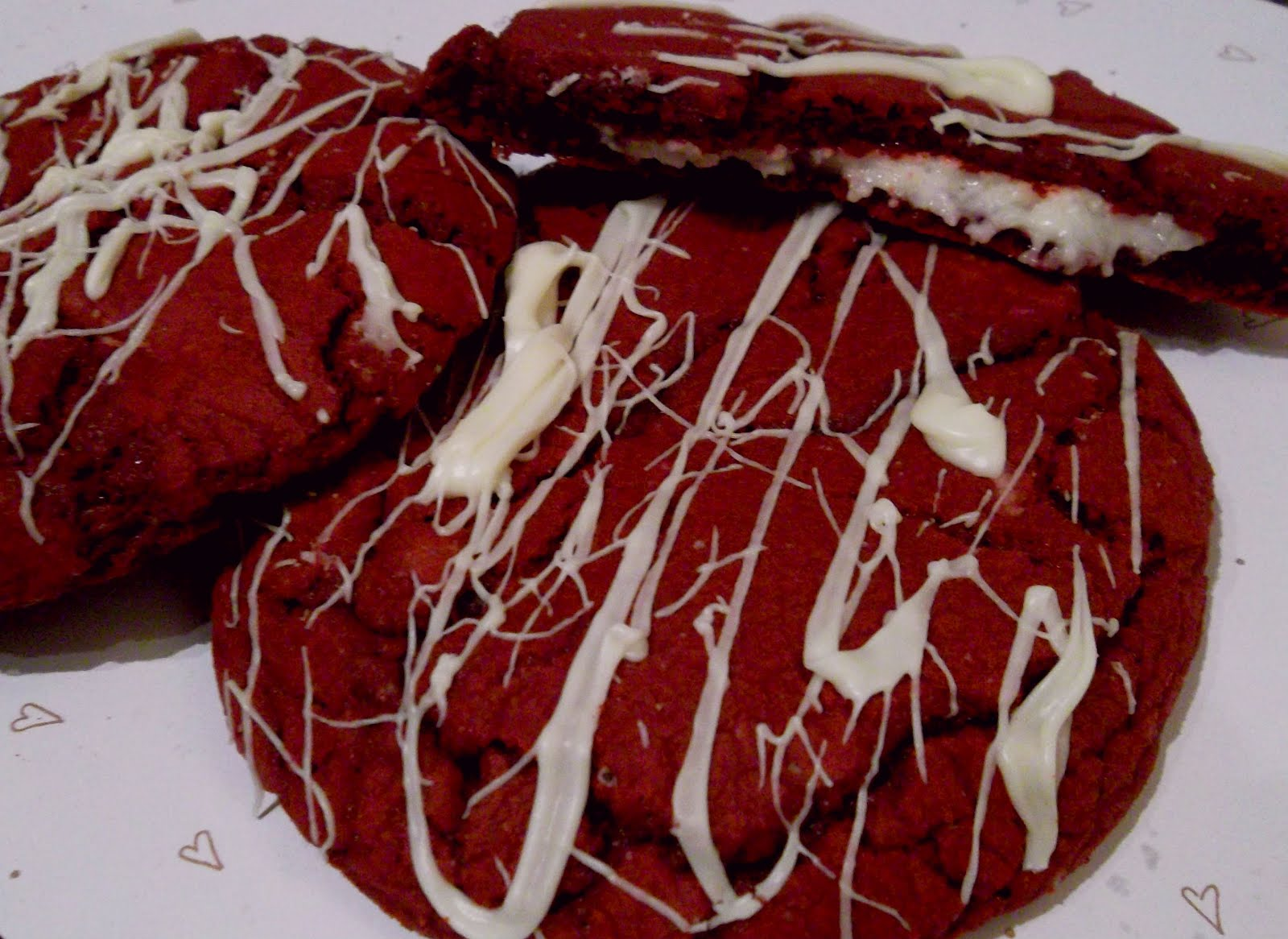 Bake-a-palooza: Red Velvet Cheesecake Cookies