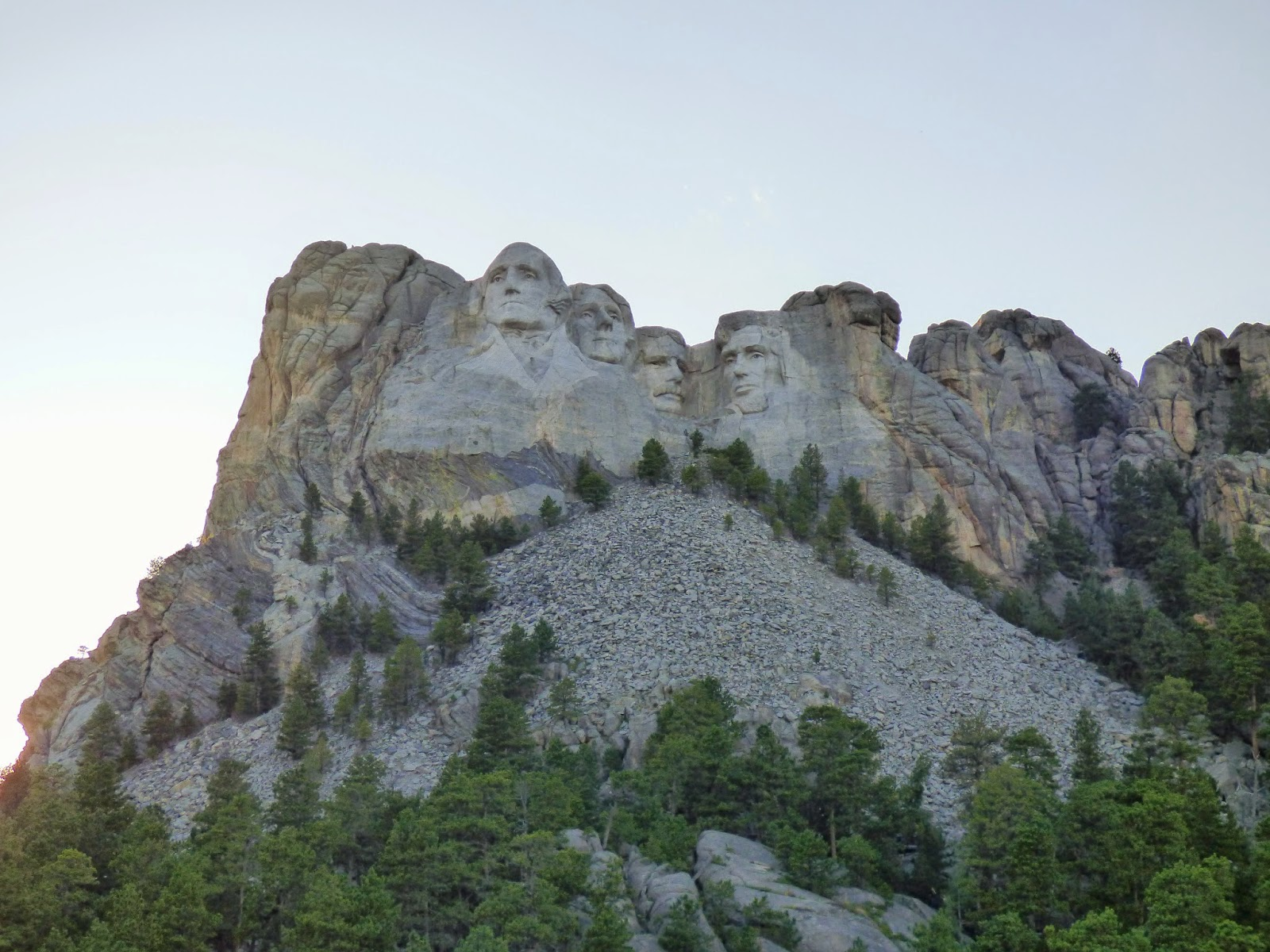 We stayed at Mount Rushmore through the evening so we could witness the lighting ceremony. If you visit Mount Rushmore anytime in the future ... & the silver lining: sweet south dakota: day 1 (mount rushmore) azcodes.com