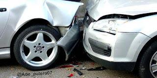 Keadaan mobil stelah kecelakaan