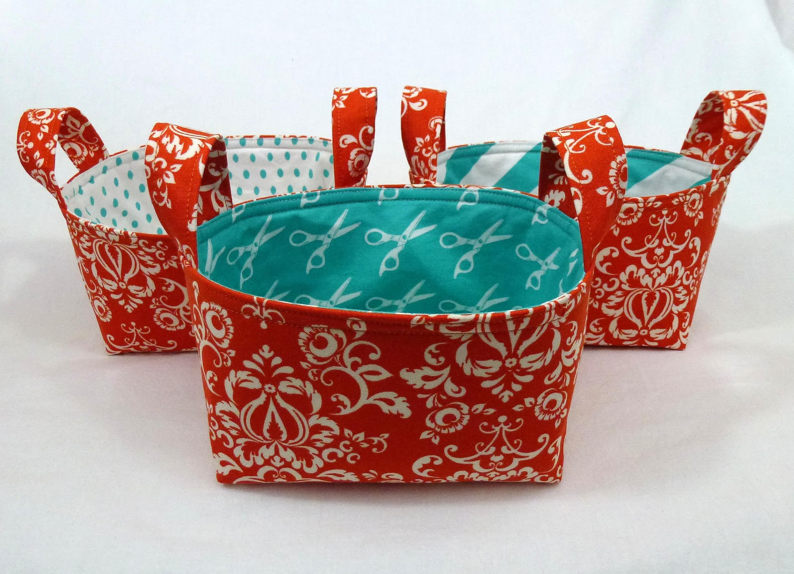 In the very near future my friend Susan and I will be organizing a swap of fabric baskets bins buckets and boxes on Craftster (sign-ups begin February ... & Leslieu0027s Art and Sew: Fabric Basket Tutorial
