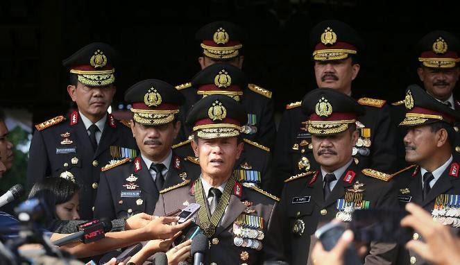Lantik 16 Perwira Tinggi, Kapolri Minta Mereka Sambut Pemerintah Baru