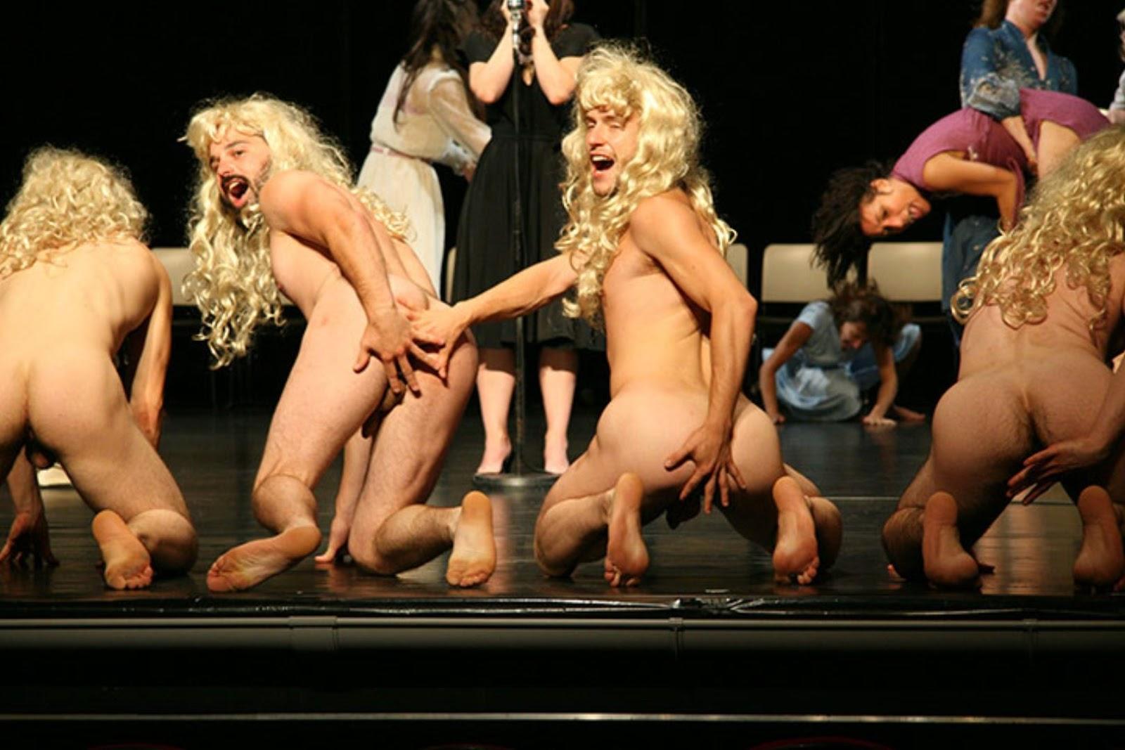 эротический порно спектакль на сцене
