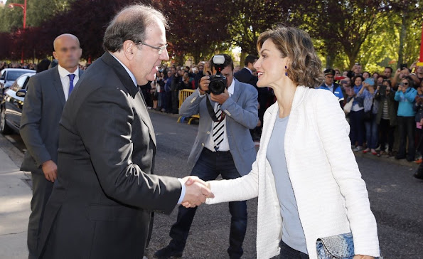 Queen Letizia of Spain attended the opening of the 2015/2016 school year at the college of education and primary school Margues de Santillana