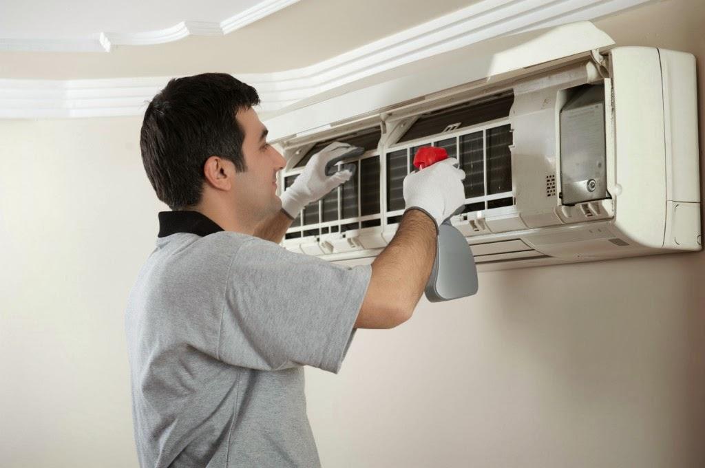 Como limpar o ar condicionado?