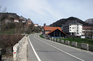 Puente en la entrada de Isaba, punto de partida SL-NA-70
