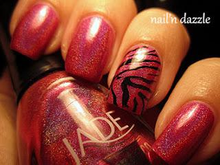 holographic-nail-polish