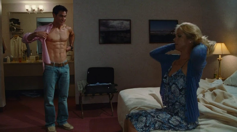 Tyler Hoechlin Shirtless in Hall Pass