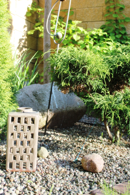 ogród japoński,jak urządzic ogród,żwirek w ogrodzie czy to dbry pomysł,blog wnętrza inspiracje