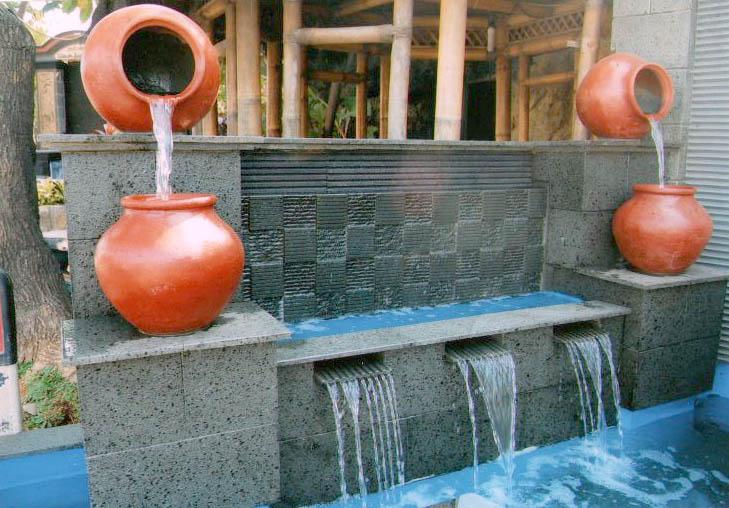 taman minimalis terbuat dari batu undersit