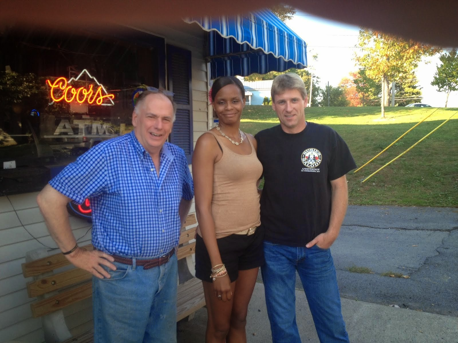 New Customers at the Pearl Street Pub