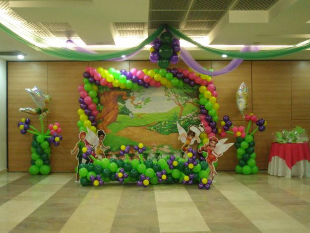 Decoracion tinkerbell para fiestas for Decoracion salon infantil