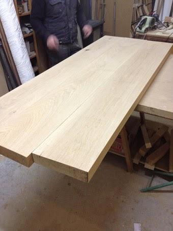 Ilia estudio interiorismo mesa de madera maciza con patas - Tablones de roble ...