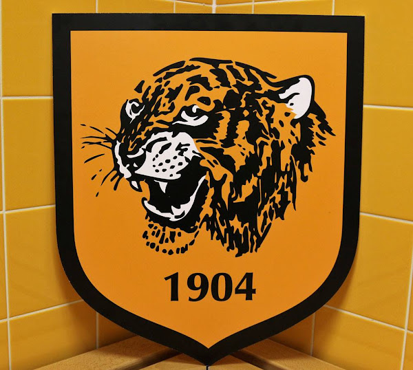 Headlines New - Crest Hull Unveiled City Footy