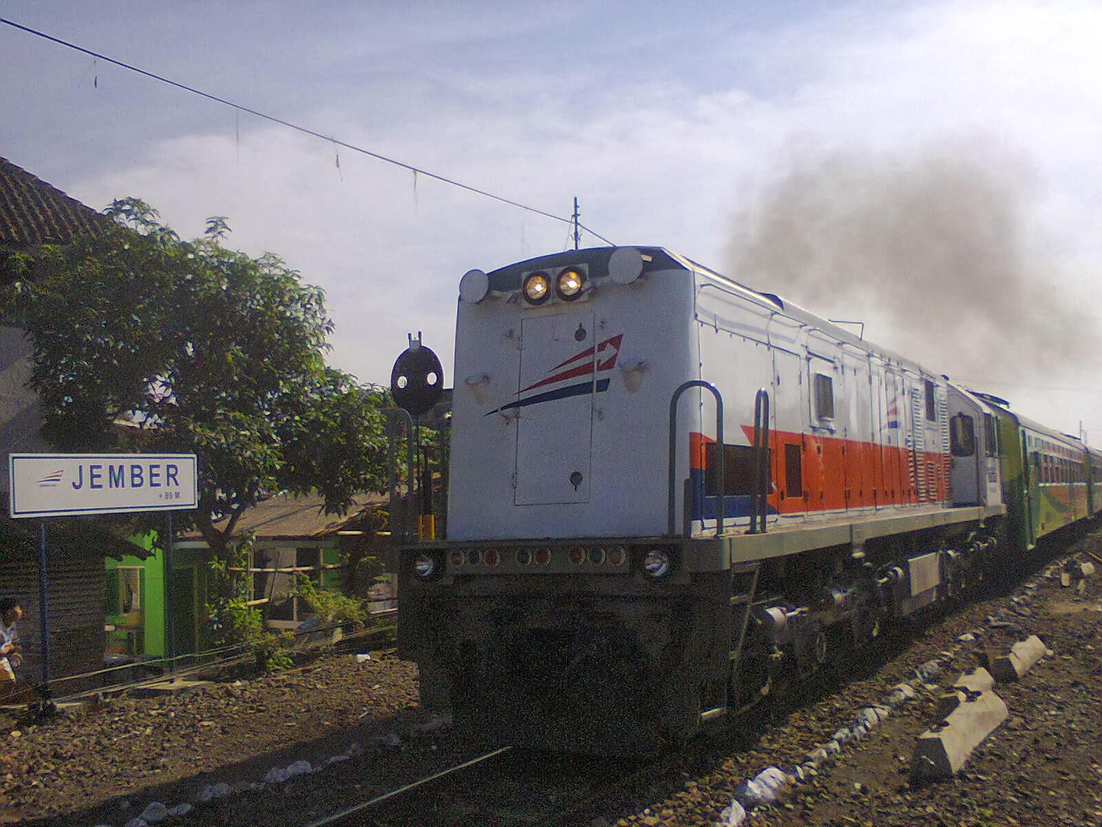 foto kereta api indonesia ~ ipan