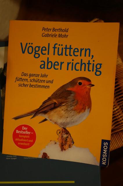 http://www.kosmos.de/produktdetail-909-909/voegel_fuettern_aber_richtig-1168/