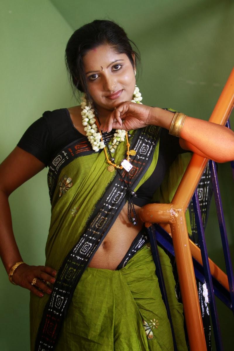 Mallu, navel show, saree pics, hot mallu aunty pics hot mallu aunties ...