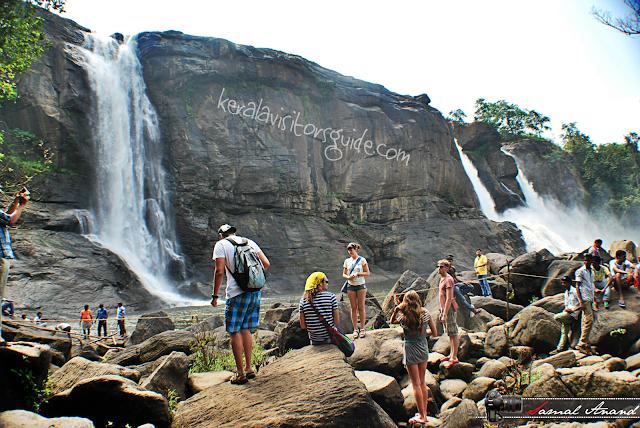 near athirappilly waterfalls, best view