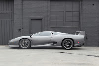 Jaguar XJ220S headed