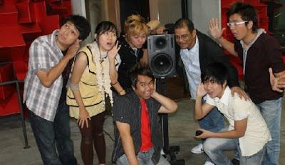 Golden Dragon Roslan Aziz Guna Tune Studios Terbit Album Mandarin