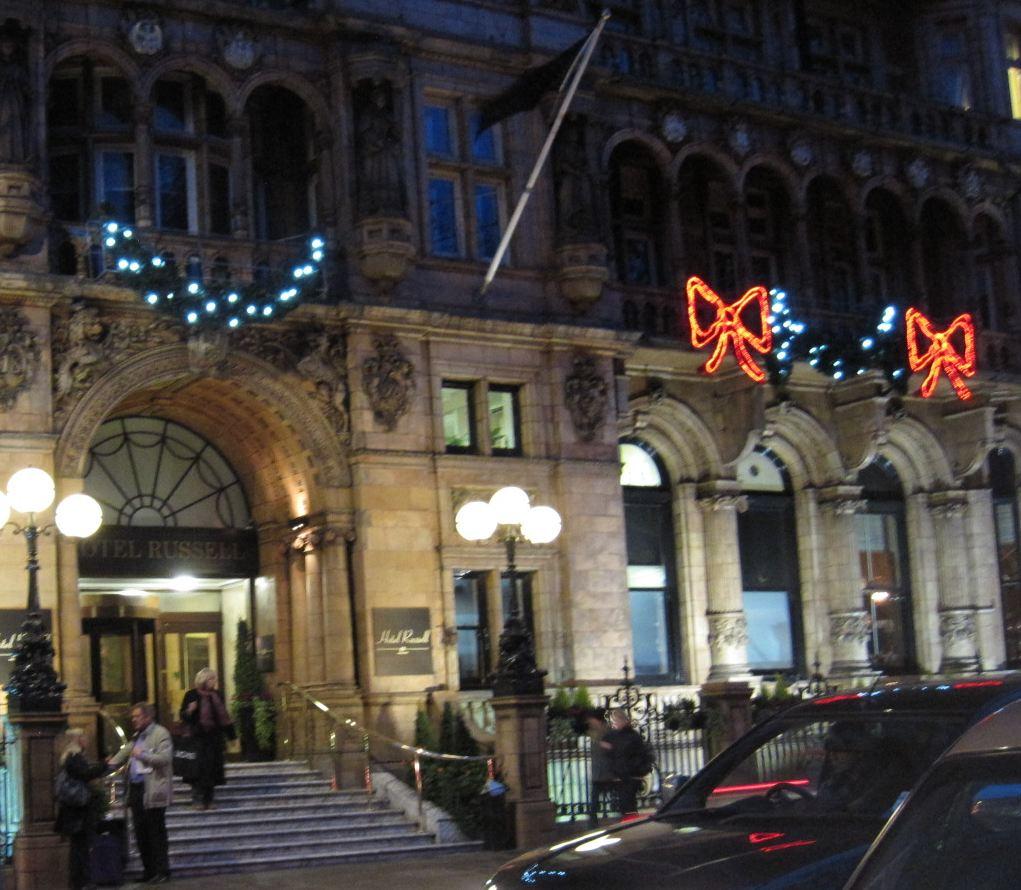 Living in england december 2011 for Hotels ussel