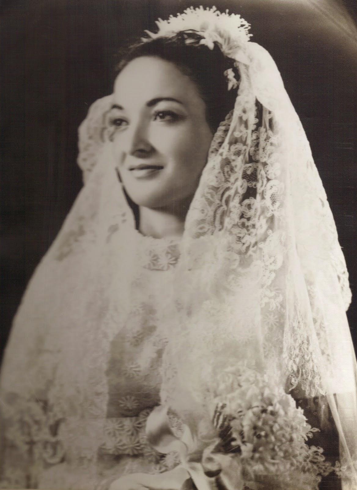 Η νύφη... (ΚΛΙΚ στην εικόνα)
