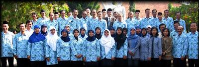 info lowongan kerja terbaru 2013 2012/03/guru-honorer-sdn-di-purworejo-tuntut.html