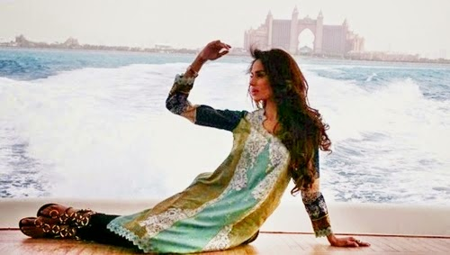 House-of-Ittehad-Summer-Lawn-Collection