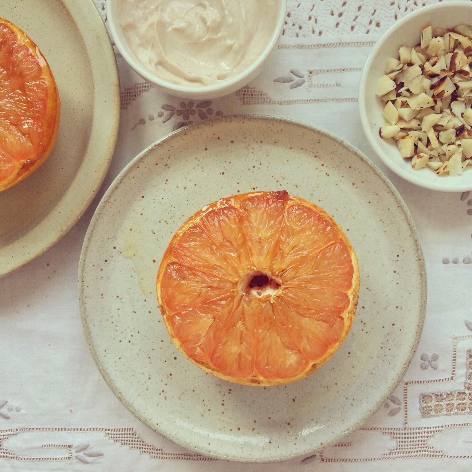pamplemousse caramélisé yaourt grec noix du brésil