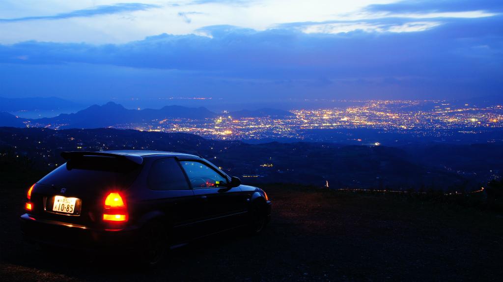 Honda Civic VI hatchback, zdjęcia nocą, japońskie samochody, motoryzacja z japonii, fajne auta, samochody dla młodego, ciekawe fury