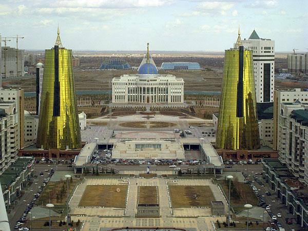 opération - Dossier : Opération Kazakhstan, nouvel eldorado mondial et de la France ! 10astana_capitol_of_kazakhstan_33