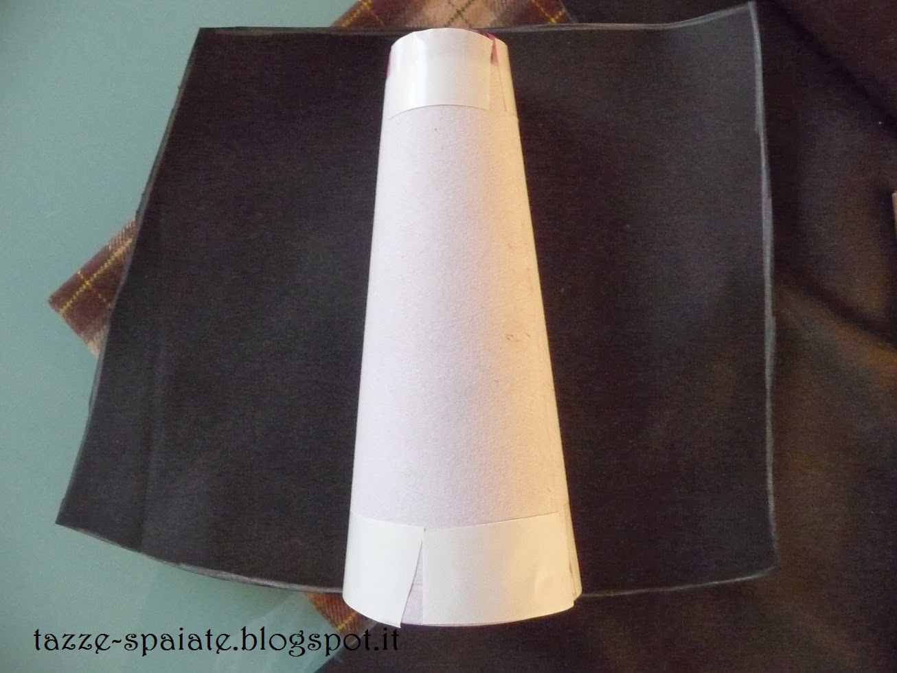 Tazze spaiate pastore per il presepe dell 39 asilo diy - Col foglio rosa posso portare passeggeri ...
