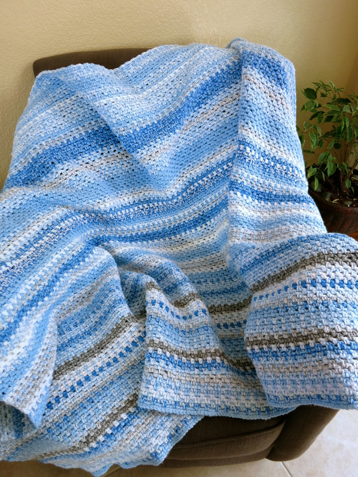 Da\'s Crochet Connection: Sky Blanket Update-May 2015