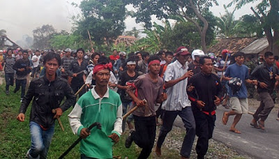 Bentrok Di Lampung