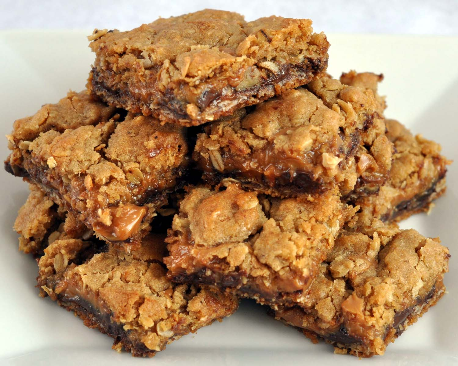 Beki Cook's Cake Blog: Chocolate Caramel Cookie Bars {Egg-Free}