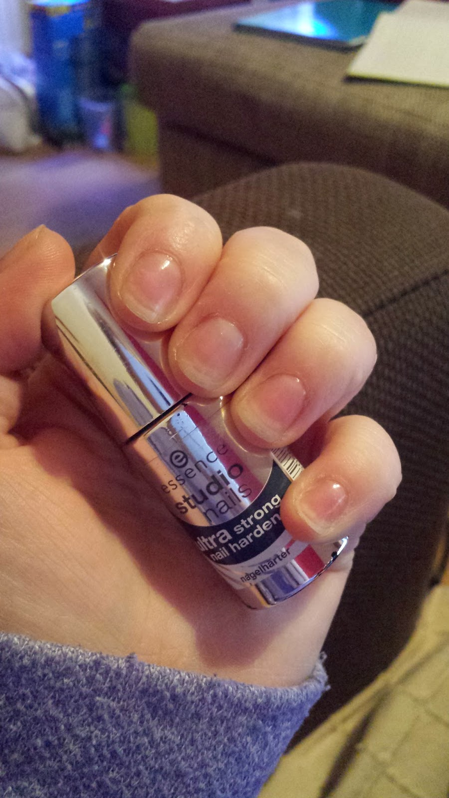 Essence ultra strong nail hardener rachsbeautique what do you think have you ever come across a product like this that works solutioingenieria Image collections