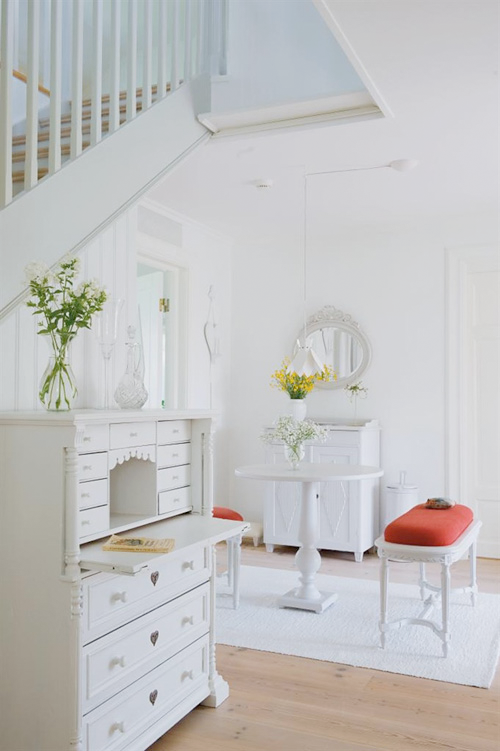White Elegant Villa in Northern Sweden ♥ Бяла елегантна вила в ...